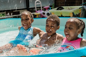 SummertimeFun:Free Tips for Keeping the Family Busy